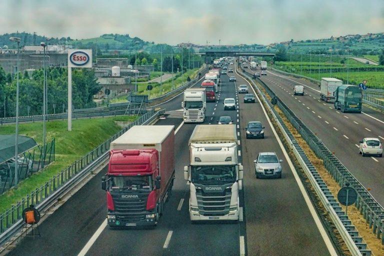Czy na torze bednary powiększą swoje umiejętności kierowcy samochodów ciężarowych?