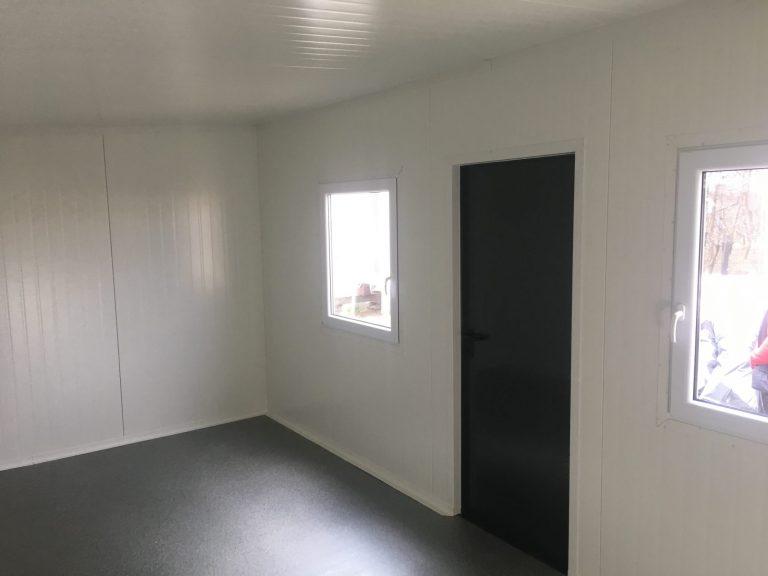 Niskie koszta jakie generują domy mieszkalne z płyty warstwowej