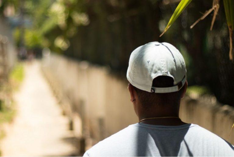 Jakie funkcje ochronne pełną czapki robocze?